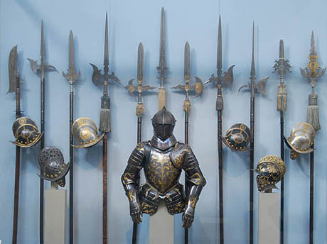 Photo taken from  http   www medievalwarfare info weapons htmMedieval Times Weapons For Kids